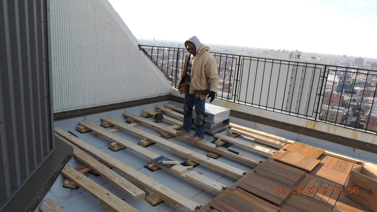 Ipe decking for rooftops ipe decking chicago for Non slip composite decking